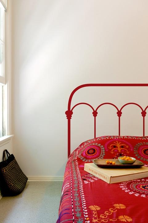 Как обновить железную кровать